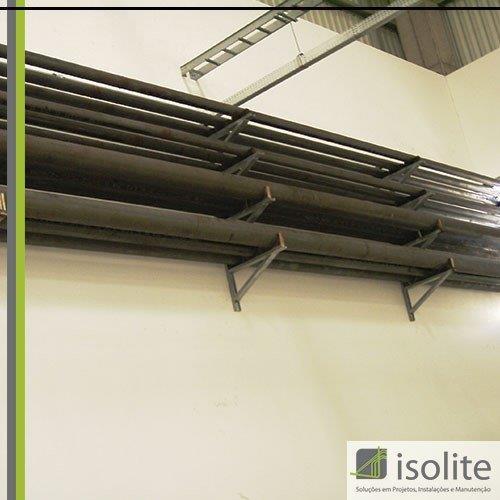 Montagem de tubulações industriais